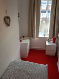Thumbnail Room to rent in Walsall Road, Darlaston
