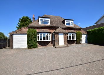 3 bed detached house to rent in Selsfield Road, Turners Hill, Crawley, West Sussex RH10