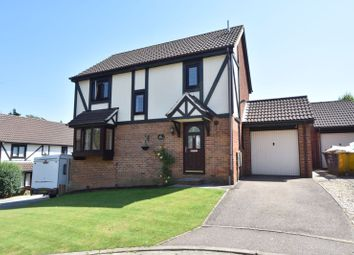 Thumbnail 3 bed detached house for sale in Ennismore Green, Luton