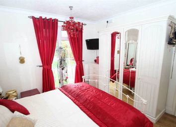 Thumbnail 3 bed town house for sale in Wolsey Way, Syston, Leicester