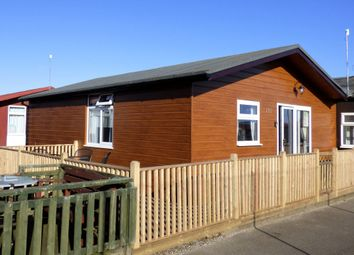 Thumbnail 2 bed mobile/park home for sale in 139 Sixth Avenue, South Shore Holiday Village, Bridlington