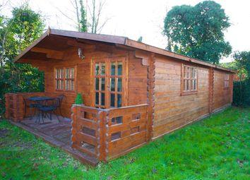 Thumbnail 1 bed bungalow to rent in Oak Stubbs Lane, Dorney Reach, Maidenhead