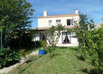 Thumbnail 4 bed property for sale in La Rochelle, Poitou-Charentes, 17300, France