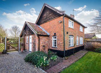 Thumbnail 3 bed cottage for sale in Loddon Road, Gillingham