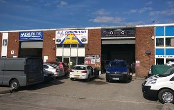 Thumbnail Commercial property to let in 16C Highfield Industrial Estate, Lister Road, Eastbourne, East Sussex