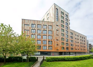 Thumbnail 1 bedroom flat for sale in Cresset Road, South Hackney