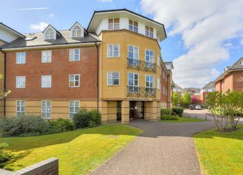 Thumbnail 2 bed flat to rent in Dexter Close, St Albans, Herts