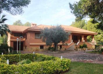 Thumbnail 6 bed property for sale in Serra, Valencia, Spain