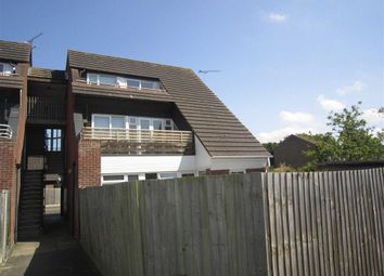 Thumbnail 2 bed flat to rent in Brackley Crescent, Basildon, Essex