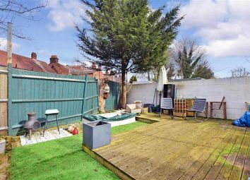 2 bed maisonette for sale in Elsenham Road, Manor Park, London E12