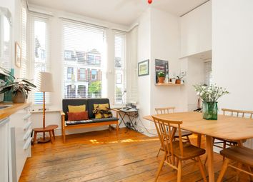 2 bed maisonette for sale in Dunsmure Road, London N16