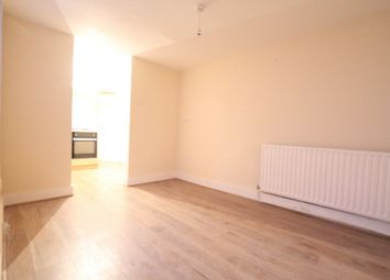 Thumbnail 2 bed flat to rent in Cross Road, Waltham Cross