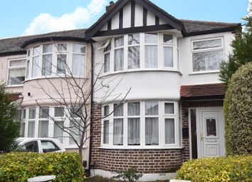 3 bed semi-detached house to rent in Medway Drive, Perivale, Greenford UB6