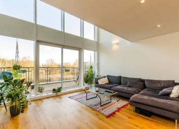Thumbnail 2 bed flat for sale in Palmers Road, Bethnal Green