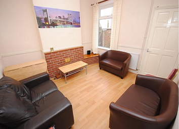 Thumbnail 6 bed shared accommodation to rent in Derby Road, Loughborough