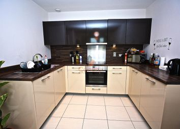 Thumbnail 2 bed flat to rent in Kd Tower, Cotterells, Hemel Hempstead, Hertfordshire