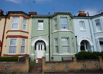 3 bed terraced house for sale in Southampton Street, Farnborough GU14