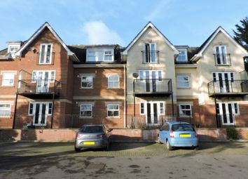 Thumbnail 2 bed flat to rent in The Avenue, Fareham