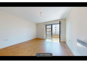 Commercial Road, London E14. 1 bed flat