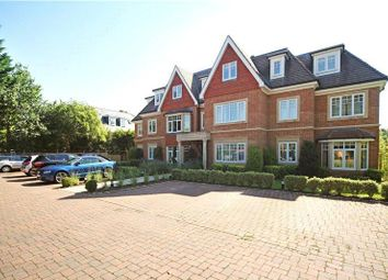 Thumbnail 2 bed flat for sale in Linkside, Maidenhead