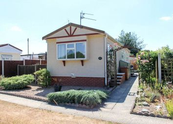 2 bed mobile/park home for sale in Woodland View, Stratton Strawless, Norwich NR10