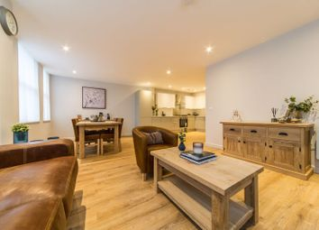 Thumbnail 2 bed flat for sale in Calverley Road, Tunbridge Wells