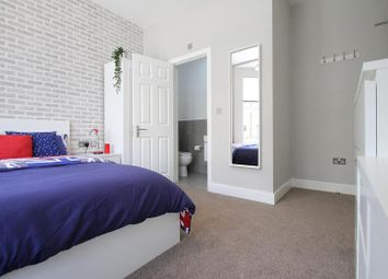 Thumbnail Room to rent in Albacore Crescent, Lewisham, London