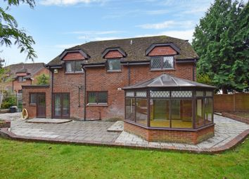 Thumbnail 4 bed detached house to rent in Love Lane, Shaw, Newbury