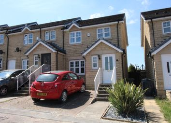 3 bed town house for sale in Spring Mills Grove, Carlinghow, Batley WF17
