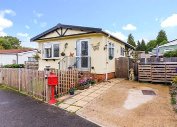 Surrey Hills Residential Park, Boxhill Road, Tadworth KT20. 2 bed mobile/park home for sale