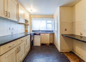 3 bed flat for sale in Silverweed Road, Chatham ME5
