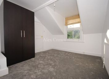 3 bed flat to rent in Stapleton Hall Road, London N4