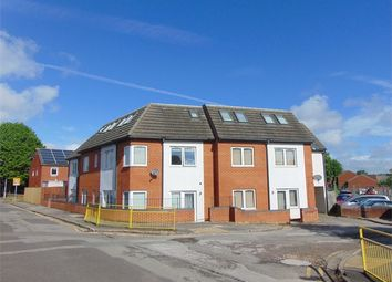 Thumbnail 1 bed flat to rent in 119 Orts Road, Reading, Berkshire