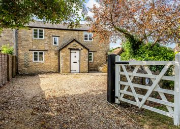 Thumbnail 2 bed cottage to rent in North Street, Fritwell, Bicester