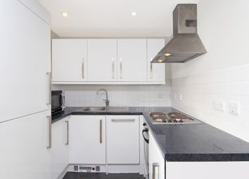 Thumbnail 2 bedroom flat to rent in Red Lion Street, Richmond