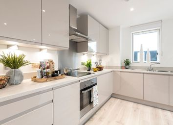 3 bed flat for sale in Cooks Road, London E15