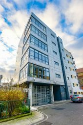 Thumbnail 3 bed flat for sale in Lant Street, London