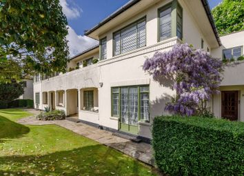 Thumbnail 3 bed flat to rent in Colebrook Close, Putney