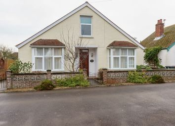 3 bed detached house for sale in Queens Gardens, Chichester PO19