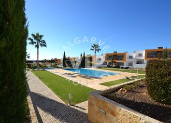 Thumbnail 2 bed apartment for sale in Galé, Albufeira, Algarve