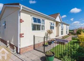 Thumbnail 2 bed mobile/park home for sale in Chippenham Road, Lyneham, Chippenham