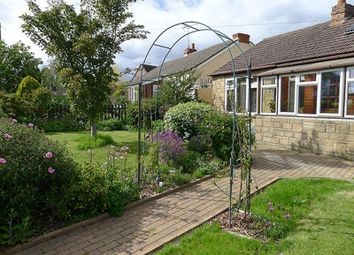 Thumbnail 2 bedroom detached bungalow for sale in Colemans Moor Lane, Woodley, Reading