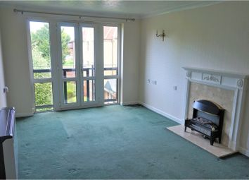 1 bed property for sale in Edwards Court, Turner's Hill EN8