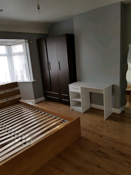 Thumbnail 5 bedroom terraced house to rent in Ballards Road, London
