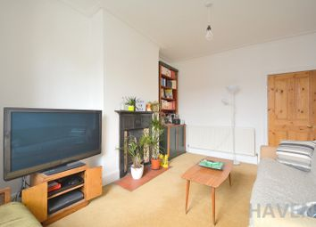 Thumbnail 2 bedroom maisonette to rent in Leslie Road, East Finchley, London