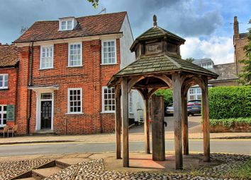 Thumbnail 5 bed cottage for sale in High Street, Buntingford