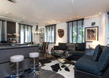 Thumbnail 2 bed flat for sale in The Mount, Hampstead