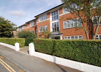 Thumbnail 3 bed flat to rent in Raymond Road, London