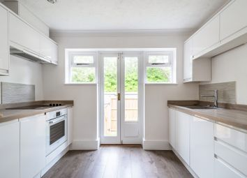 Thumbnail 2 bedroom maisonette to rent in Springfield Road, Brighton