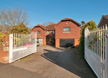 Thumbnail 7 bed detached house for sale in Substantial Multigenerational Home, Priestfields, Rochester
